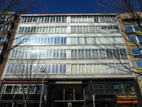 Superbe appartement 3 chambres avec terrasse situé dans le centre ville de Charleroi avec vue sur le Boulevard Tirou et le nouveau centre comme