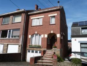 Belle maison 3 façades à rénover entièrement 3 chambres avec Jardin et Garage située dans un Quartier Calme &agrave