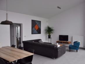 Gelijkvloers woonst met privacy en groot terras-tuin van 30m² tot 80m² in centrum Nijlen. Ieder appartement omvat een lichte leefruimte, ope