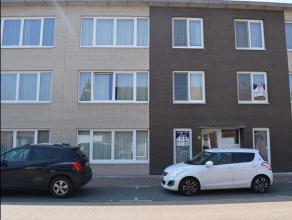 Ruim 2 slaapkamer appartement met een bewoonbare oppervlakte van 95m².Appartement bestaat uit: Inkomhal met vestiaire mogelijkheden en apart gast