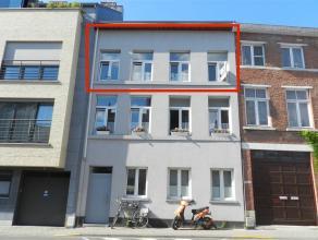 Duplex appartement gelegen nabij het centrum van Tienen, Torsinplein 16 bus 2, tweede verdieping. Betreft een gebouw met drie appartememten, instapkla