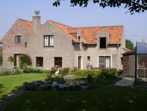 Magnifique propriété située en pleine campagne et non loin de la ville au calme absolu, sur une superficie totale de 2052 M²