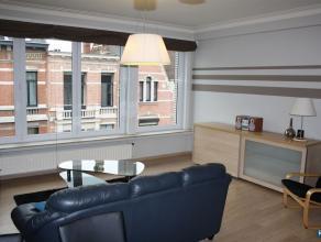 Zeer mooi compleet bemeubeld appartement in centrum Antwerpen op wandelafstand van het Zuid. Inkomhal, living met alle nodige comfort (flatscreen, ste