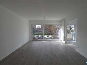IN OPTIE WILRIJK: RESIDENTIE VALKENVELD INSTAPKLAAR appartement op de 1ste verdieping van ca 80m² met 2 slpks + bureau/berging + ondergrondse par