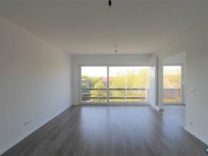 WILRIJK: RESIDENTIE VALKENVELD INSTAPKLAAR appartement op de 5de verdieping van ca 80m² met 2 slpks + bureau/berging + ondergrondse parking. We b