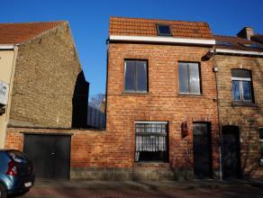 RENOVATIEWONING op een GOEDE LIGGING! Aan het Daverlopark, vlakbij Brugge en alle voorzieningen! Ruime inkom, living, keuken met eetplaats, 4 slaapkam
