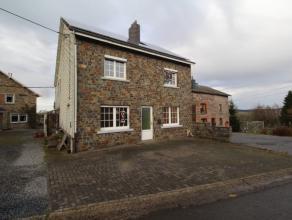Maison dans le petit village de Jevigné, à quelques kilomètres du centre Lierneux. Le rez-de-chaussée est composé d