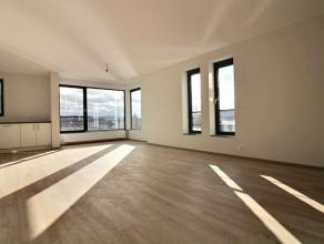 Vente sous régime TVA. Au pied de la citadelle et au premier étage de la résidence, se trouve ce bel appartement neuf de deux cha
