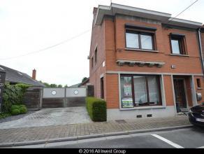 Prix : 391.000 euroNous vous proposons à la vente un ensemble immobilier (vendu en seul lot ) composé d'une maison d'habitation, d'un sh