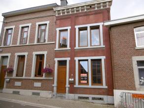 4041 Milmort. Rue Clerbeau, 21. Maison 2 façades avec travaux composée au RDC : d'un Hall d'entrée, un salon, une salle à