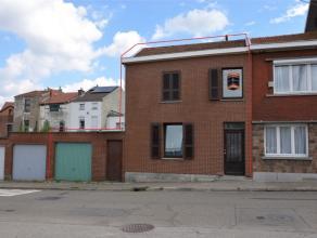 4102 Ougrée - Rue de Boncelles, 301. Maison 3 Façades, avec garage et jardin. Composée au Rdc : D'un Hall d'entrée, un spa