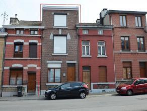 4102 Ougrée, Rue du roi Albert, 184. Maison 2 façades entièrement rénovée, composée au RDC d'un Hall d'entr&