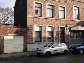 MAISON+GARAGE+ATELIER-Rue du Commerce 17-4100 SERAING. Spacieuse maison d'habitation 4 chambres composée de: un vaste living de 40m&, cuisi