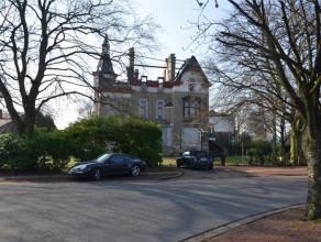 Parc de Cointe - Avenue de Cointe, 10. Édifié en 1902 au coeur du prestigieux Parc de Cointe, ce magnifique Manoir de caractère o