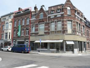 Liège Guillemins. Immeuble Mixte vendu avec fond de commerce et comprenant un rez-de-chaussée commercial (pharmacie) et 4 appartements 1