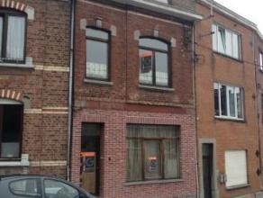 Maison d'habitation composée d'un séjour avec cuisine équipée, bureau, véranda, Wc séparé, 2 Salles d