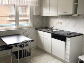 Seraing Pairay, bel appartement 2chambres au 2ième étage d'une petite résidence avec ascenceur comprenant : un hall d'entr&eacute