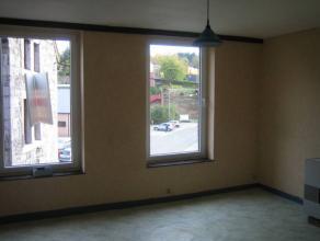 Maison de rapport à vendre comprenant 4 appartements d'une chambre.ChÃÂssis double vitrage, dÃÂcompteurs d'eau et cha