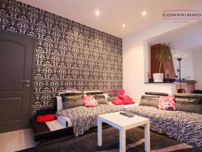 Verrassend ruime en gerenoveerde woning met 4 slaapkamers, bureau, garage en zonnige tuin vlakbij het station en centrum Oudenaarde. WONING: Inkomhal