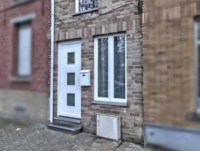 Réf.: 1007 - Prix: 70.000 euros,frais d'agence non inclus (4235,00 TVAC) et à charge de l'acquéreur.Bonne petite maison, habitabl