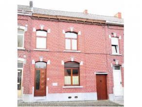Réf.: 1027. Offre actuelle 130000 €. Bonnemaison d'habitation 3 chambres, située proche du centre et des grands axes. Ellese co