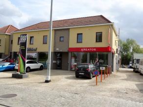 """Tiensesteenweg 218 in Sint-Truiden is de locatie van dit knus appartement. Voor wie de buurt kent weet dat het stadscentrum en de site """"Stayen"""", met a"""