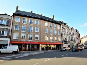 Prachtig appartement op een unieke ligging te DendermondeDit aantrekkelijk appartement is gelegen op een topligging in het centrum van Dendermonde, op
