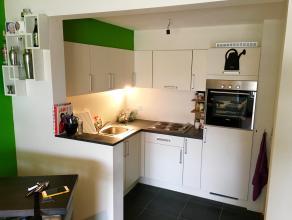 LEEMANS IMMOBILIËN biedt u een mooi, ruim, gerenoveerd duplex appartement aan in centrum Aalst. Gelegen in een rustige omgeving en in de nabijhei