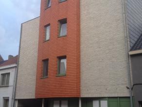 TOPPER! Zéér mooi ingericht appartement met 2 slpks gelegen in het centrum van Asse. Dit appartement is gelegen op het derde verdiep van
