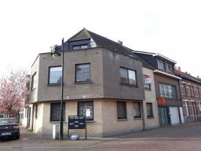 Verzorgd 1 slaapkamer appartement  in het centrum van Arendonk op wandelafstand van talloze winkels.<br /> Indeling:<br /> Ruime woonkamer met volledi