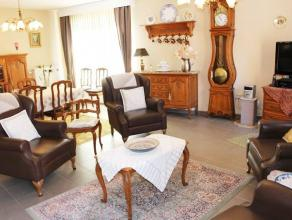 Très belle opportunité, appartement 104 m2 de 2009 avec un très bel ensoleillement comprenant : hall, living, cuis éq, sdb
