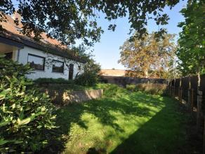 Zeer ruime villa met voor- en achtertuin + zonneterras in het centrum van Kontich met 5 slaapkamers + bureau !  <br /> <br /> Hoe goed de ligging van