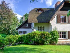 De Huisleverancier heeft voor u deze te renoveren charme woning geselecteerd, gelegen in de ELSDONK- wijk te Wilrijk.  Er zijn mogelijkheden voor vrij