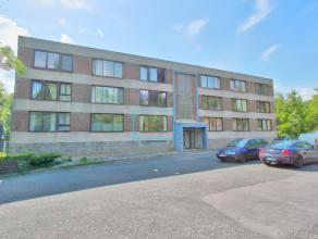 OPPORTUNITE A SAISIR :Idéalement situé à quelques minutes à pied du centre ville de Namur et de la gare, ce studio de 20m2