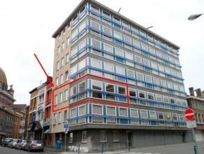 Agréable appartement 2 chambres bien situé au 2ème étage d'un immeuble calme du centre-ville à proximité imm
