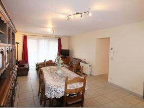 """Bel appartement  2 chambres situé au rez-de-chausée arrière de la résidence """" Pont Demeur"""". Cet appartement est à 2"""
