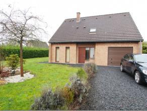 ***SOUS OPTION***<br /> Maison 4 façades avec un terrain de +/- 10 ares située à Braine-le-Comte.<br /> Elle se compose; au rez-d