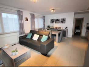 Appartement 2 chambres situé au 4 ème étage de la résidence ''FABELTA'', en plein centre-ville de Tubize.Il se compose com