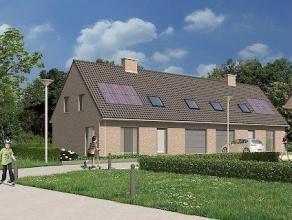 ICHTEGEM: Deze halfopen woningen zijn gelegen in een rustige omgeving grenzend aan het Wijnendalebos. Steden zoals Torhout, Diksmuide en Brugge zijn m