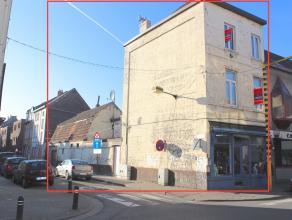 Handelspand met ruime woning nabij centrum Gent, met heel veel potentieel!!! Het handelspand en de woning hebben een aparte ingang; het handelspand is