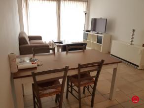 Dit verzorgd twee slaapkamer appartement is vlakbij de jachthaven gelegen bevindt zich op de eerste verdieping van de residentie Harbour view. Het pan
