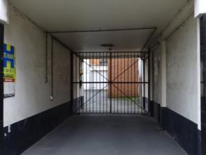 Garage op afgesloten parking op wandelafstand van het treinstation, bushalte en centrum van Deinze A.V. Eechautestraat 13 Garage 5 9800 Deinze Res. Ar
