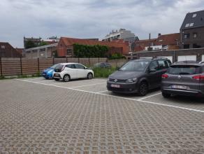 Autostandplaats op afgesloten parking in het centrum van Deinze Res. Jacques Centrum, Centrum, Per maand: 45 EUR
