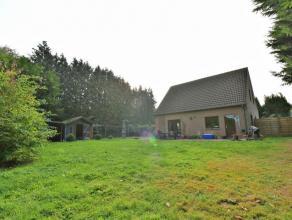 Dans le quartier Saint Anne, villa 3 chambres (16 - 16 - 16 m2) avec allée privative sur un terrain de 7 ares ! Villa 3 chambres, idéale