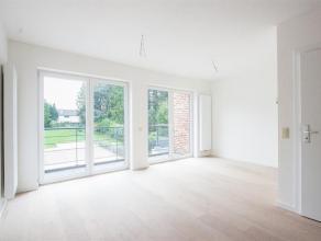 CAP-SUD vous propose ce magnifique duplex 2 chambres de 93m² disposant d'une très bonne orientation et proche du centre de Wavre et de tou
