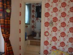 je propose une chambre de 16 m2 entierement rénovée; environnement calme;  wc perso; wi fi; ;possibilité de jardin; sdb à