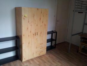 1) Disponibilité- 6 kots (chambre d'étudiant) disponible de 16 à 24m²;- Tous ont été rénovés en