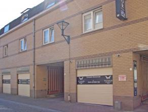 Deze gemeubelde studio is gelegen in het centrum van Aalst op 5 min van station en 100 meter van de Kattestraat. Woonkamer met slaaphoek, aparte douch