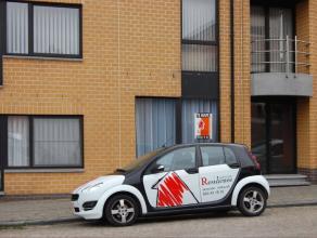 Dit prachtig recent, instapklaar 3 slaapkamerappartement is gelegen aan de stadsrand van Aalst, in de nabijheid van openbaar vervoer en scholen. Dit g