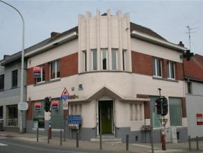 Au centre de Jemappes, nous vous proposons ce magnifique immeuble mixte composé d'un rez de chaussée commercial (+/- 105m² + r&eacu